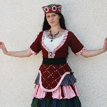 Minoan Costume. This is based on cer­e­mo­nial gar­ments of the Minoan women of ancient Crete. T...