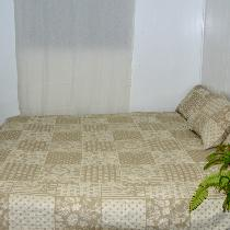 lesley, Reversible queen size bedspread and matc...