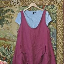 Linen summer Jumper with large front pockets.....Tawny Port color linen