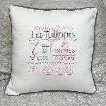 This lovely birth sampler is made with bleached linen and a graphite piping, to match the decor...